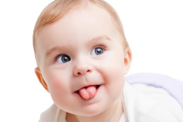 Mẹo hay đánh bay tưa lưỡi cho trẻ nhỏ – Cẩm nang Bibo Mart